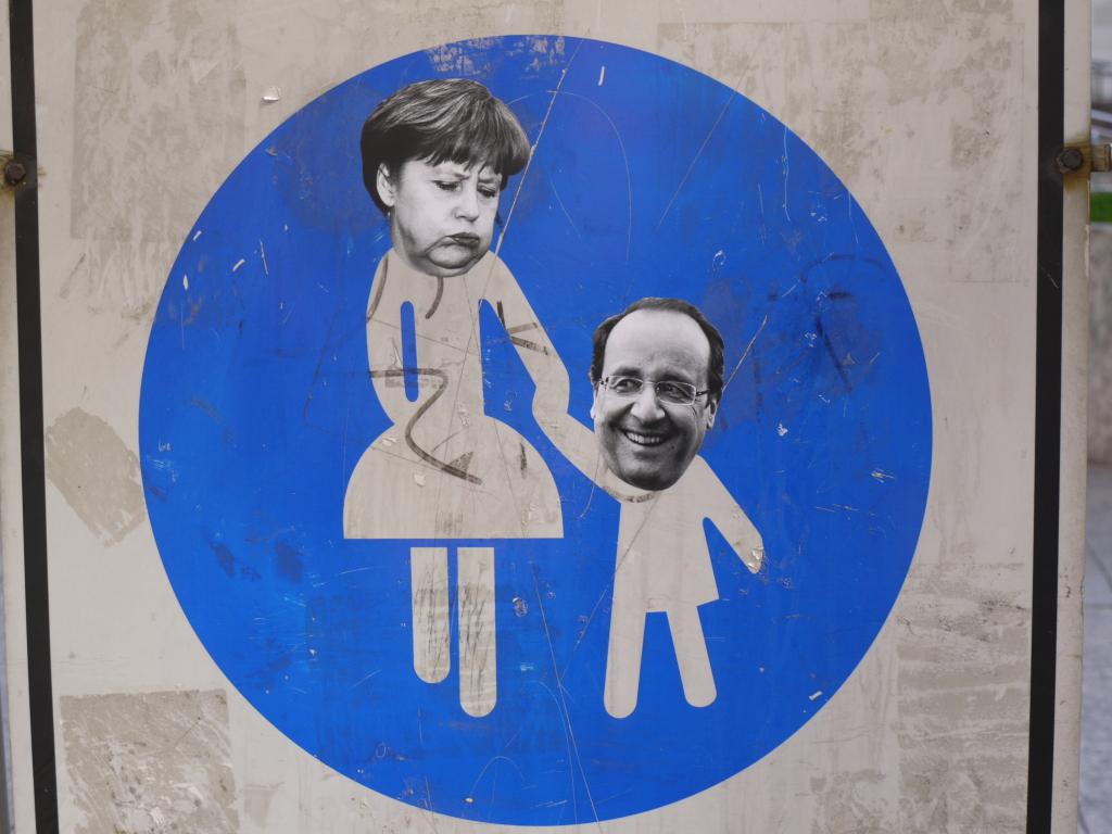 Merkel nimmt Barosso an die Hand